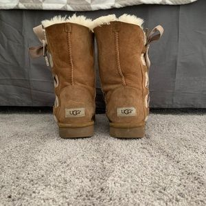 Woman's size 9 brown UGG boots